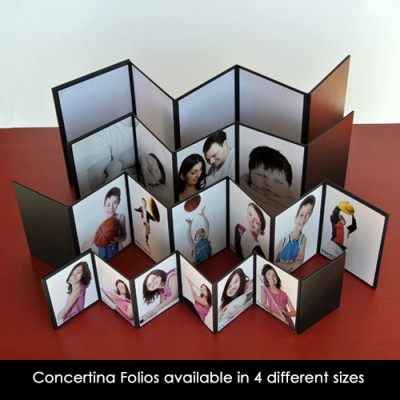 "Concertina album 3.5x2.5"" - holds 8 images"