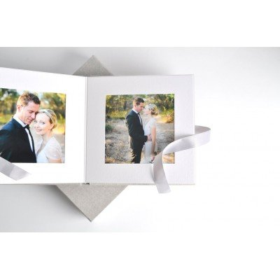 9x9 Compact Art Album complete with 20 mats (25% OFF)